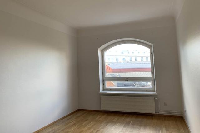 Olohuone seinät - maalarinvalkoinen